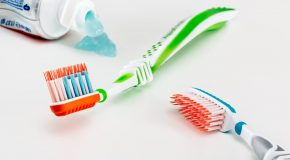 Dentifrice : Ce qu'il faut savoir avant de choisir un dentifrice